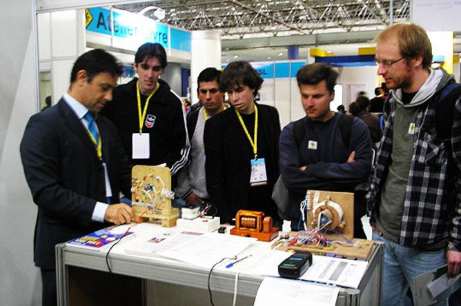 keppe-motor-11-FISL-2010-forum-internacional-software-livre-porto-alegre-rio-grande-do-sul-rs-puc-PUCRS-energia-livre