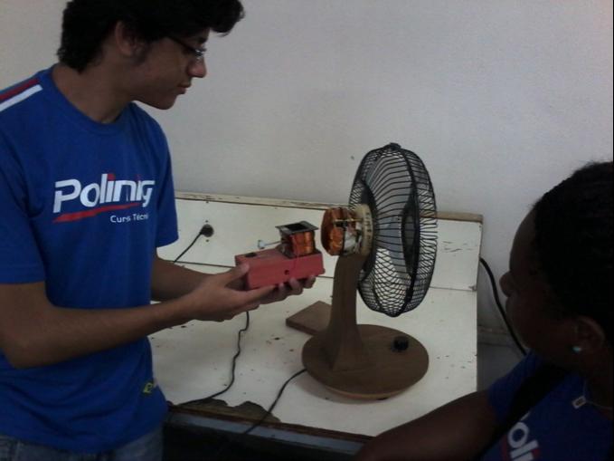 Alunos da POLIMIG, Diego Phillipe e Gisele Caetano realizando experimentos com o Keppe Motor –Novembro 2013